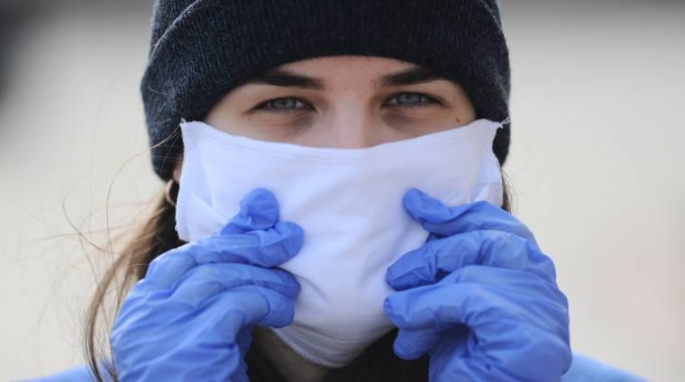 Попова: люди должны носить маски на работе и во всех общественных местах - Газета.Ru   Новости
